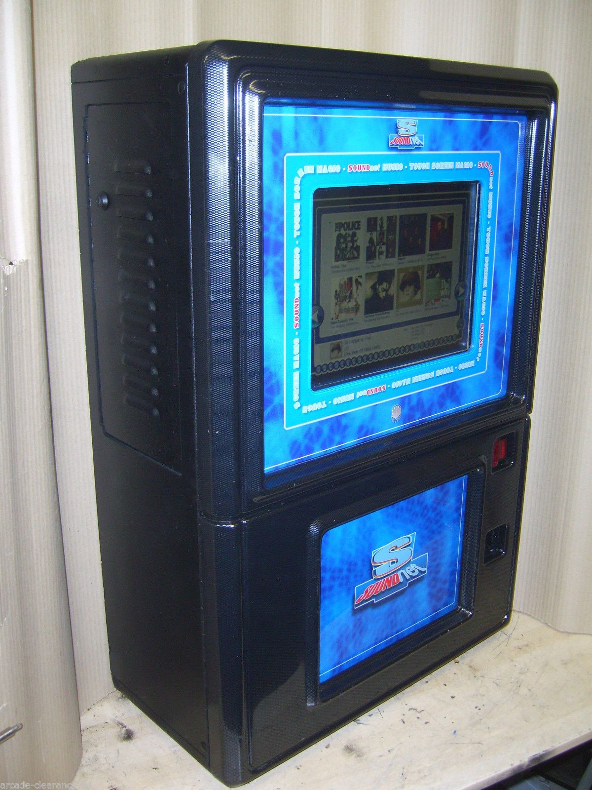 Touchscreen Wallmounted Digital Mp3 Jukebox Home Use